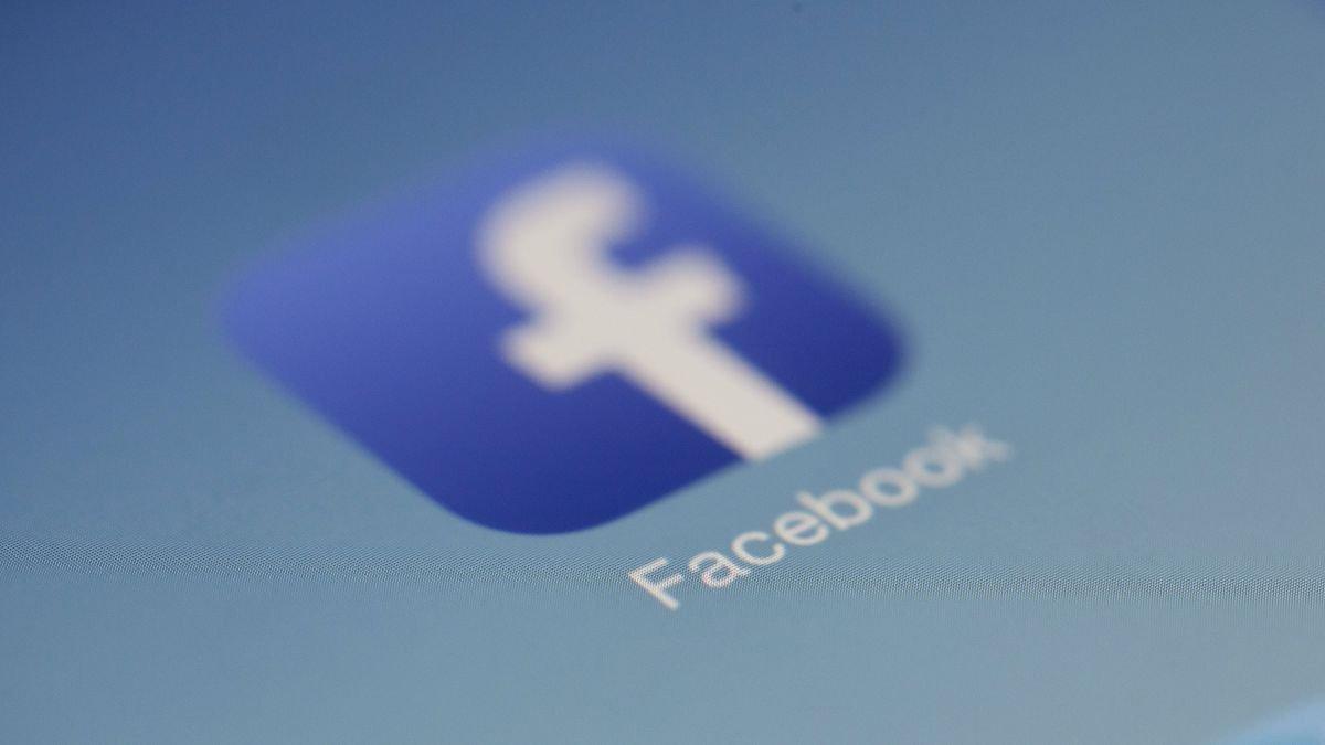 Photo of Facebook procura restringir transmissões ao vivo, abertas a mais regulamentações
