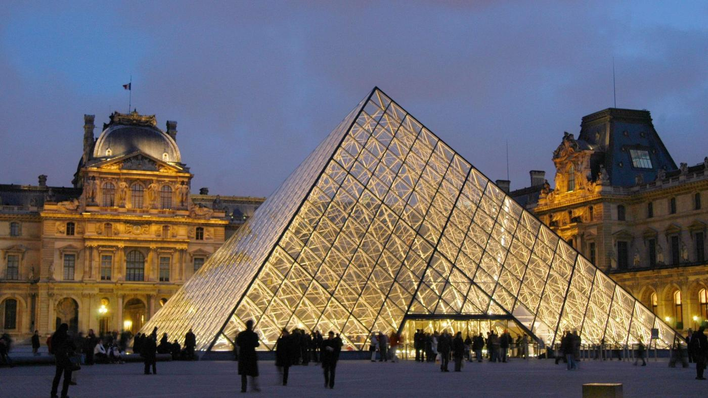Photo of França comemora o 30º aniversário da pirâmide do Louvre, uma vez se revoltou – Quartzy