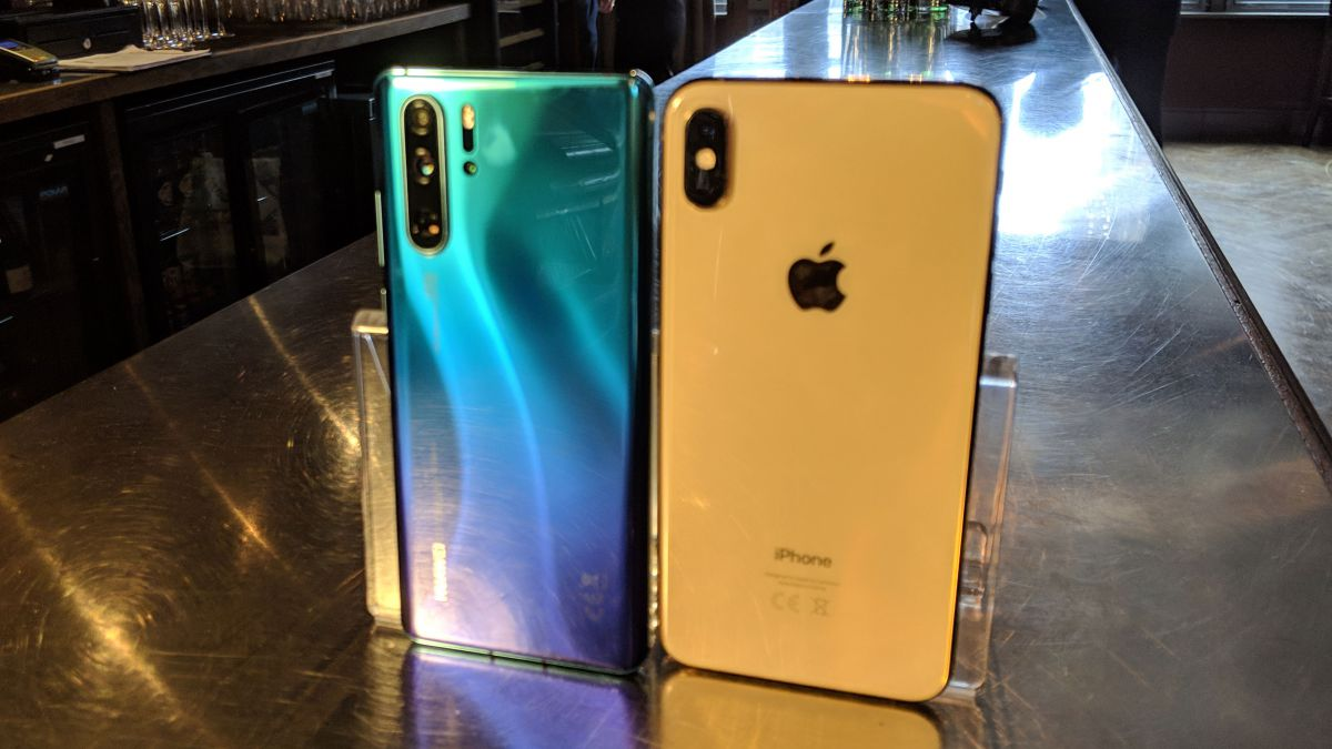Photo of Huawei P30 Pro vs Galaxy S10 Plus vs iPhone XS Max: o celular grande é ideal para você?
