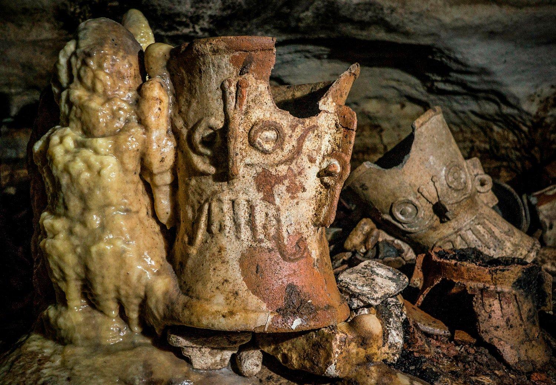 Foto de Subterrâneo, uma caverna secreta maia foi encontrada