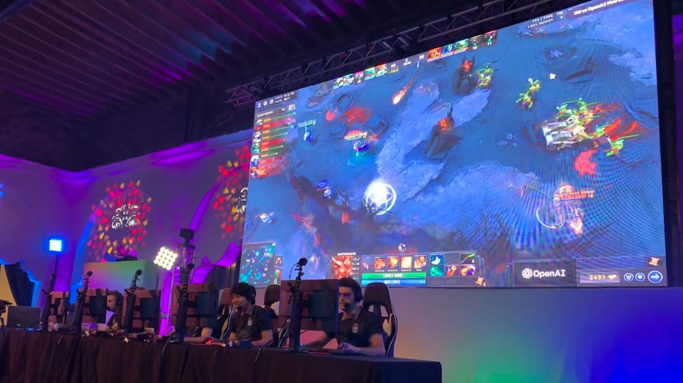"""Photo of Os robôs OpenAI acabaram de derrotar os jogadores profissionais do """"Dota 2"""". Agora que? – quartzo"""