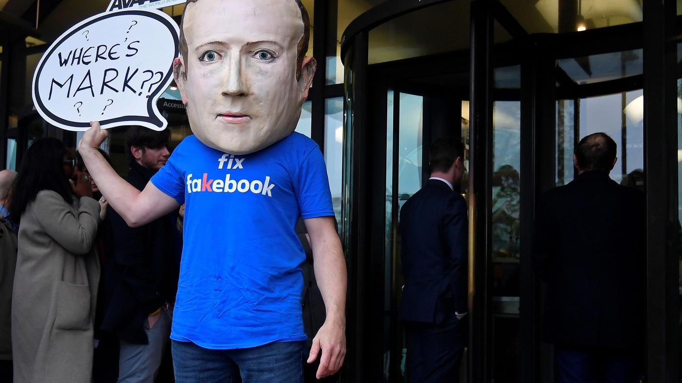 Photo of Os custos de segurança de Mark Zuckerberg dobraram no meio da reação do Facebook: Quartz