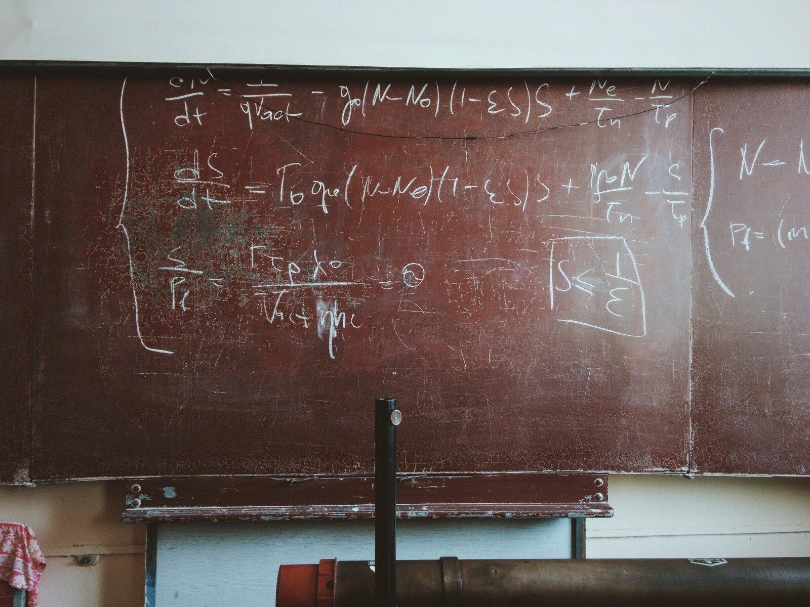 Photo of Como resolver uma equação em matemática?