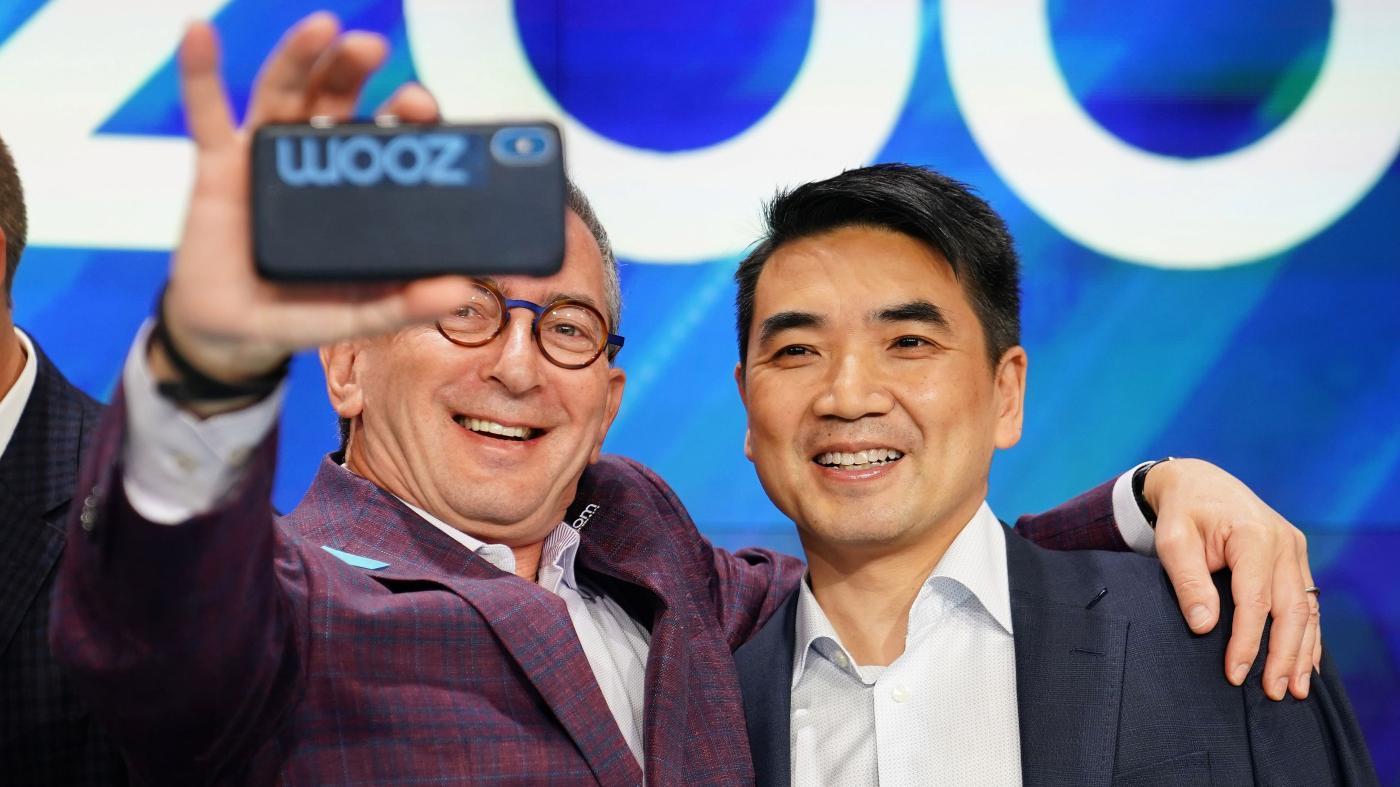 Photo of Zoom As ações de vídeo aumentam nos primeiros resultados trimestrais, previsões como uma empresa pública – Quartz no trabalho
