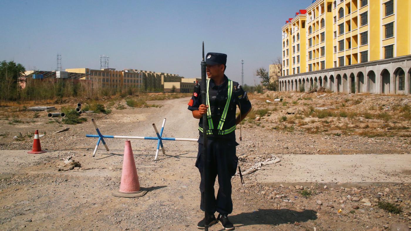 Photo of Como os pesquisadores estimam que 1 milhão de uigures estão detidos em Xinjiang – Quartz
