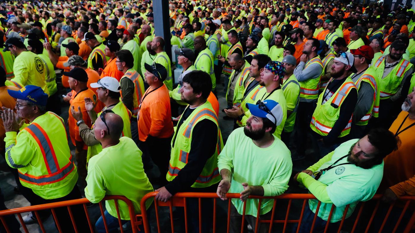 Photo of Trabalhadores do evento Shell Trump tiveram que comparecer ou perder seu salário – Quartz