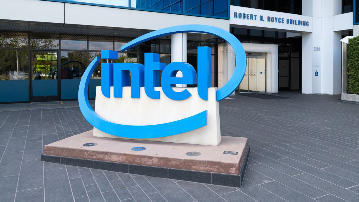 Photo of O roteiro do Aspeed revela a plataforma Intel Eagle Stream no início de 2021