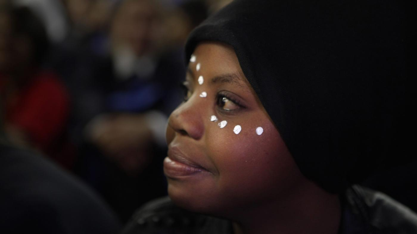 Foto de Meninas ainda enfrentam barreiras educacionais no Quênia e na África do Sul – Quartz Africa