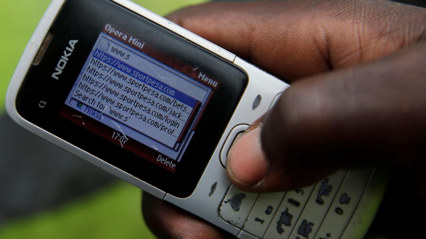 Foto de Smartphones aumentam as apostas esportivas com jovens africanos – Quartz Africa