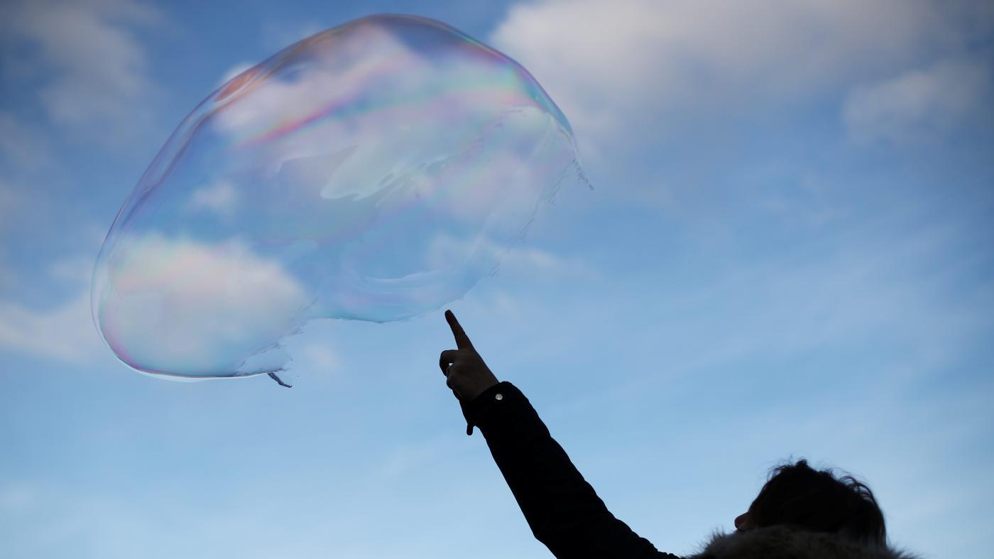 """Photo of Onde está o próximo balão de ativos? Pode estar em títulos """"sem risco"""" – Quartzo"""