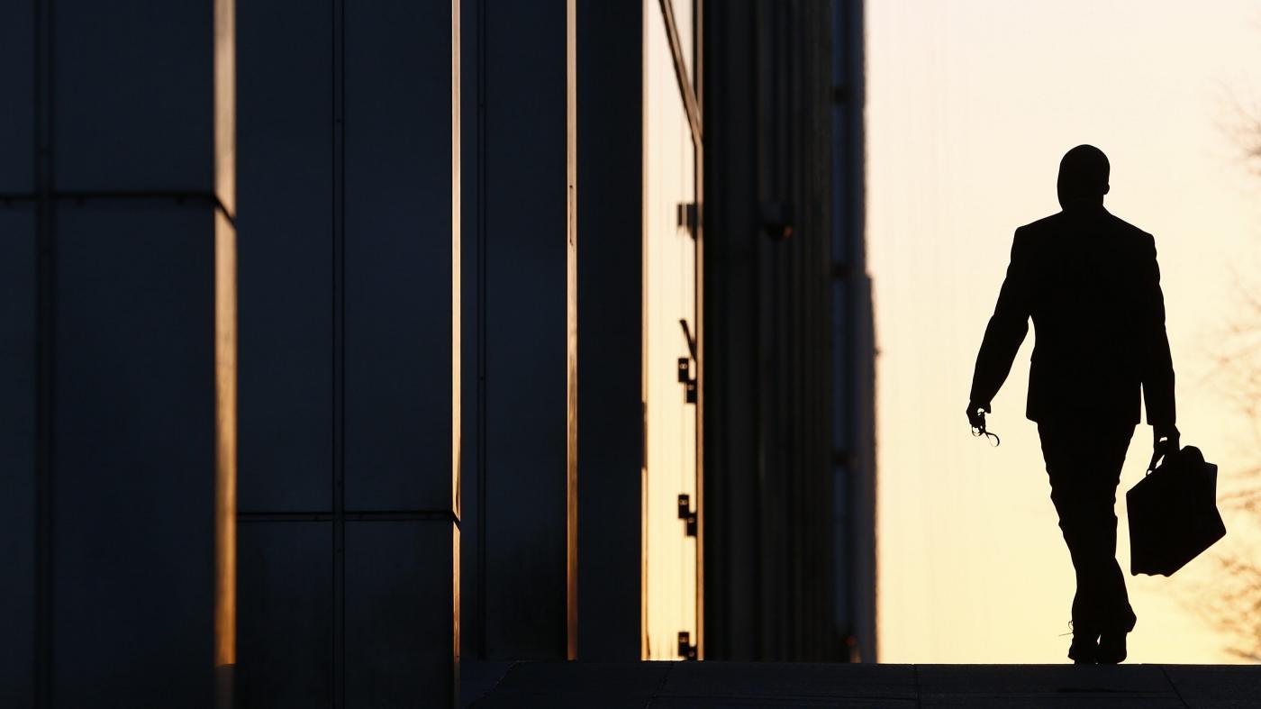 Photo of Como sair do seu trabalho com graça – Quartz at Work
