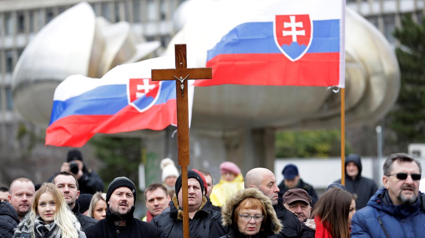 Photo of Um partido neofascista poderia ocupar o segundo lugar nas eleições eslovacas – Quartzo
