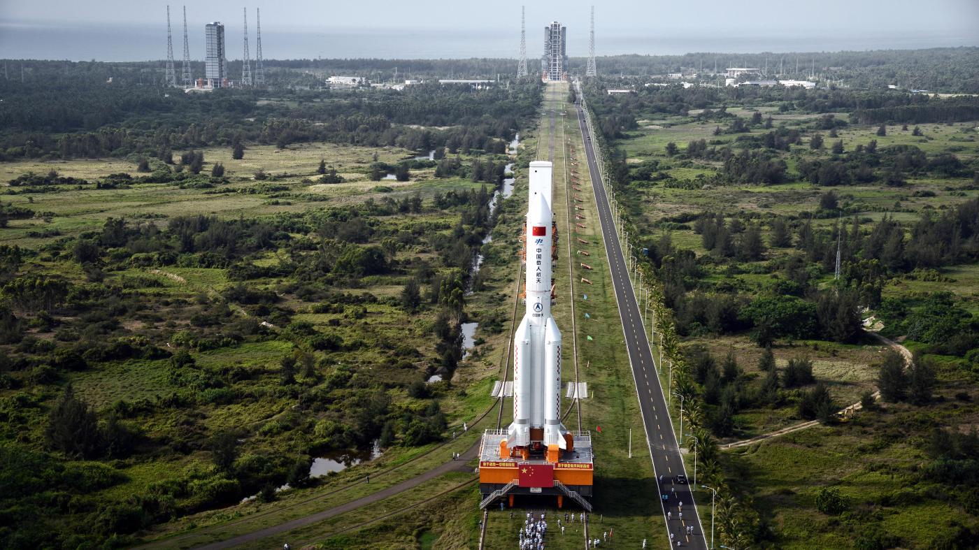 Foto de Foguete chinês parece chover partes rebeldes do espaço – quartzo