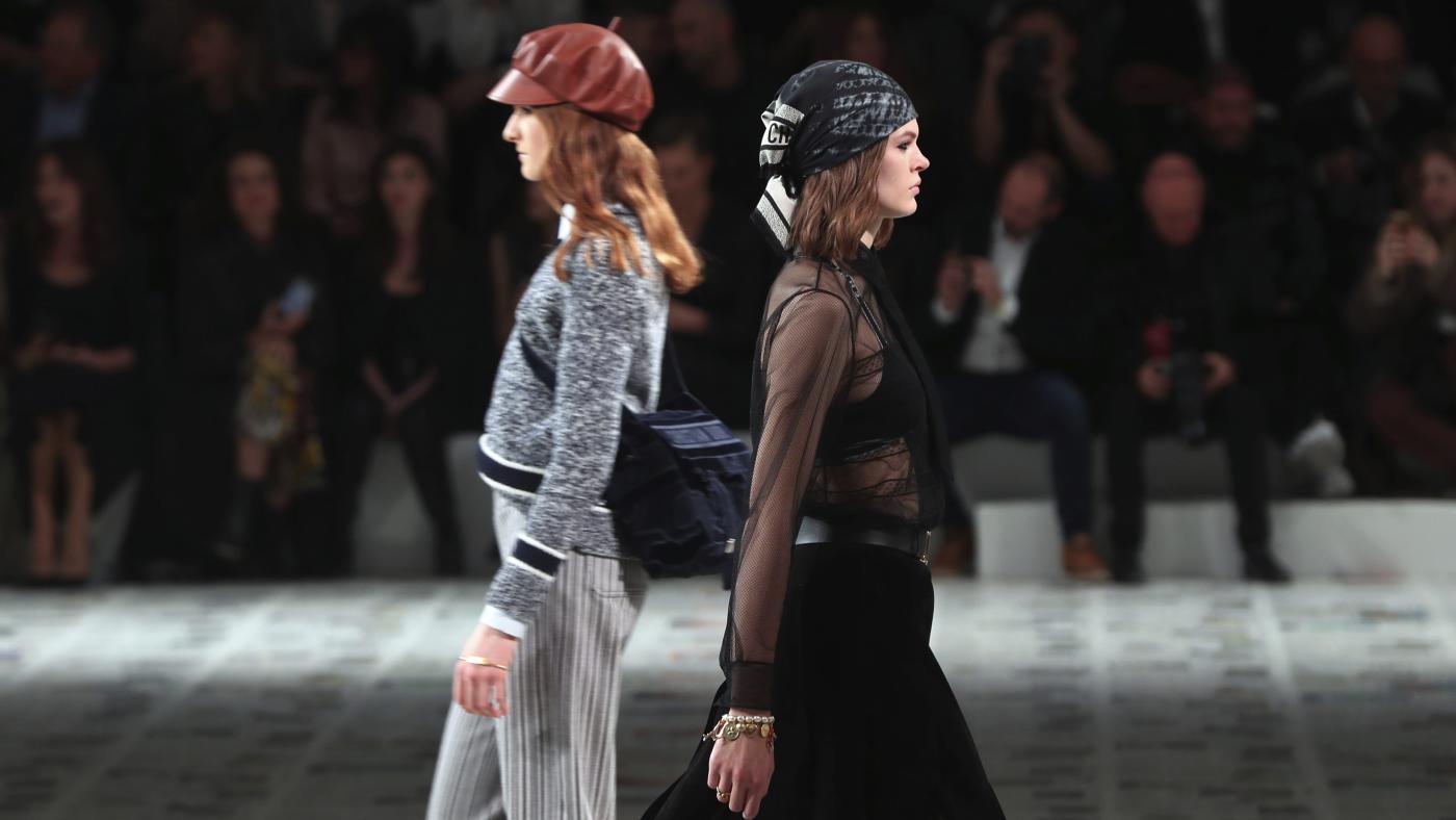Foto de Apesar do coronavírus, a Paris Fashion Week está acontecendo – Quartzo