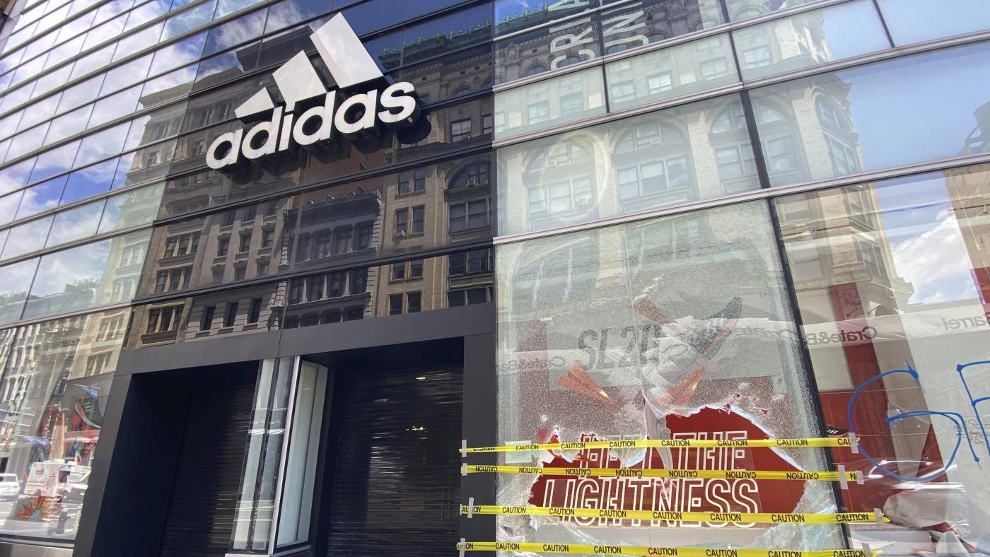 Foto de Nike e Adidas podem transformar seu apoio aos manifestantes em ação? – quartzo