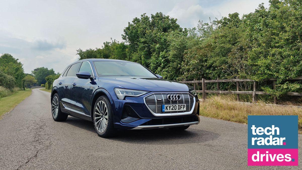 Foto de Audi e-tron: dirigindo o primeiro Audi totalmente elétrico