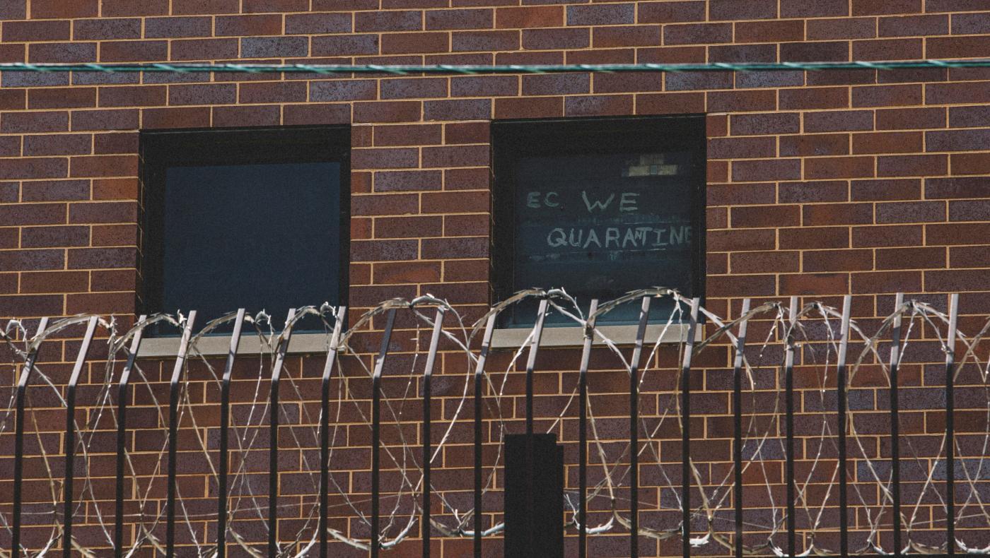Foto de Existem mais casos Covid-19 em algumas prisões dos EUA. EUA Isso em países inteiros – quartzo