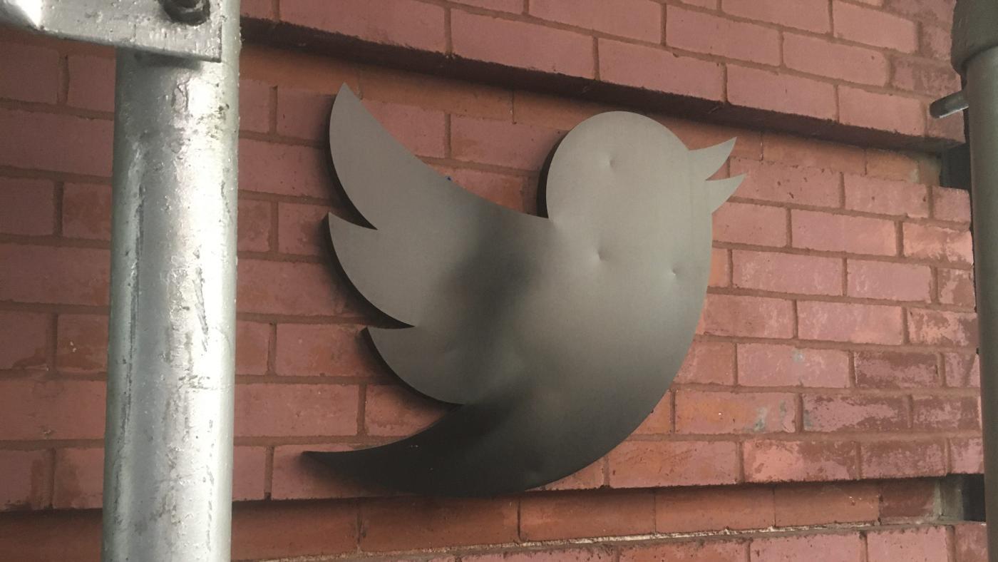 Foto de O que é uma assinatura do Twitter? – quartzo