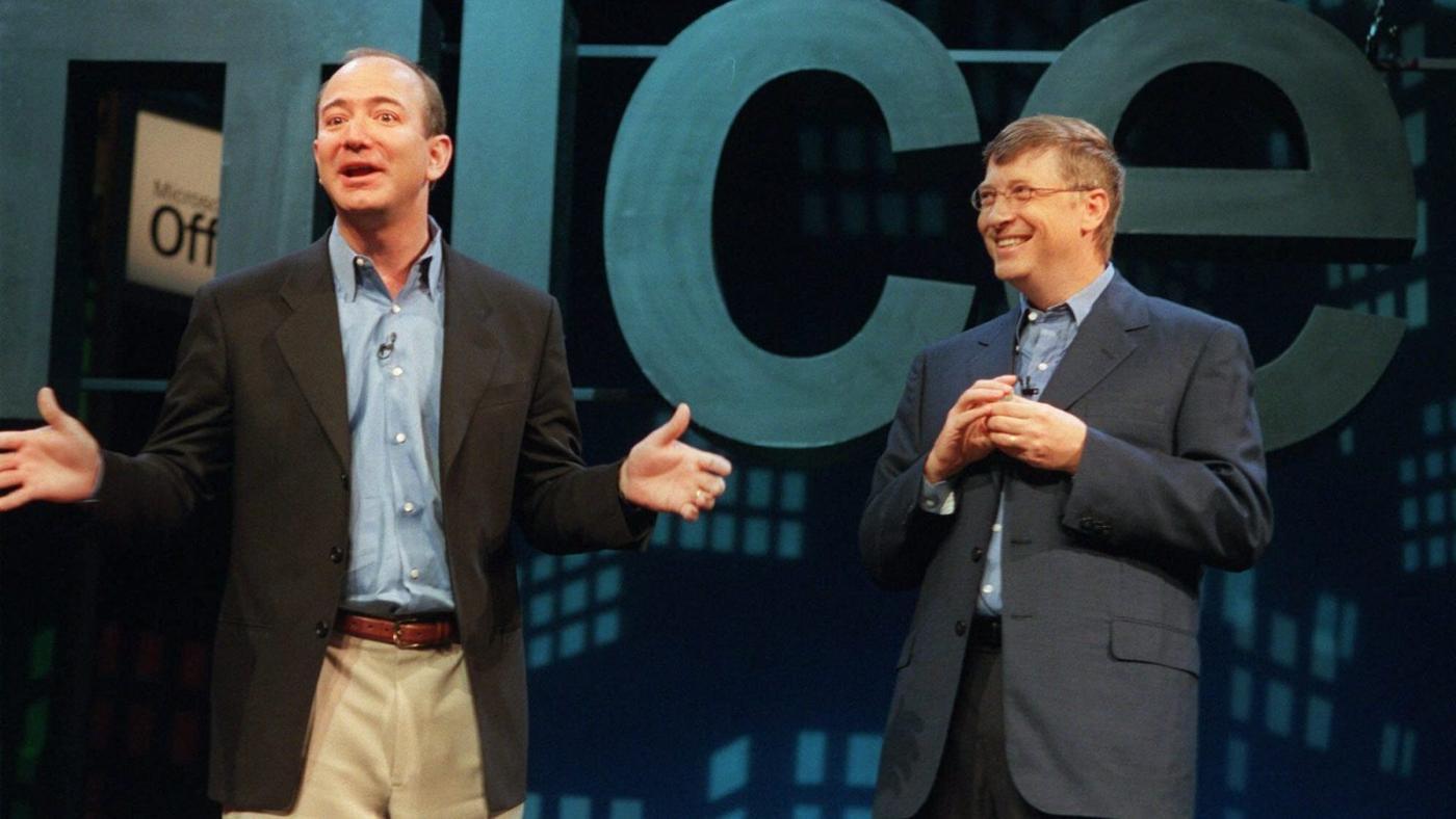 Foto de O que Jeff Bezos pode aprender com Bill Gates sobre audiências antitruste – Quartz at Work
