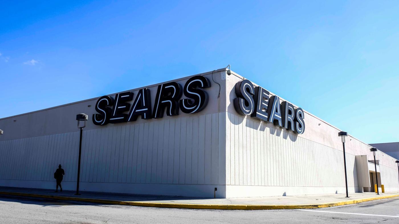 Foto de Amazon explora uso de shopping centers para galpões logísticos – Quartzo