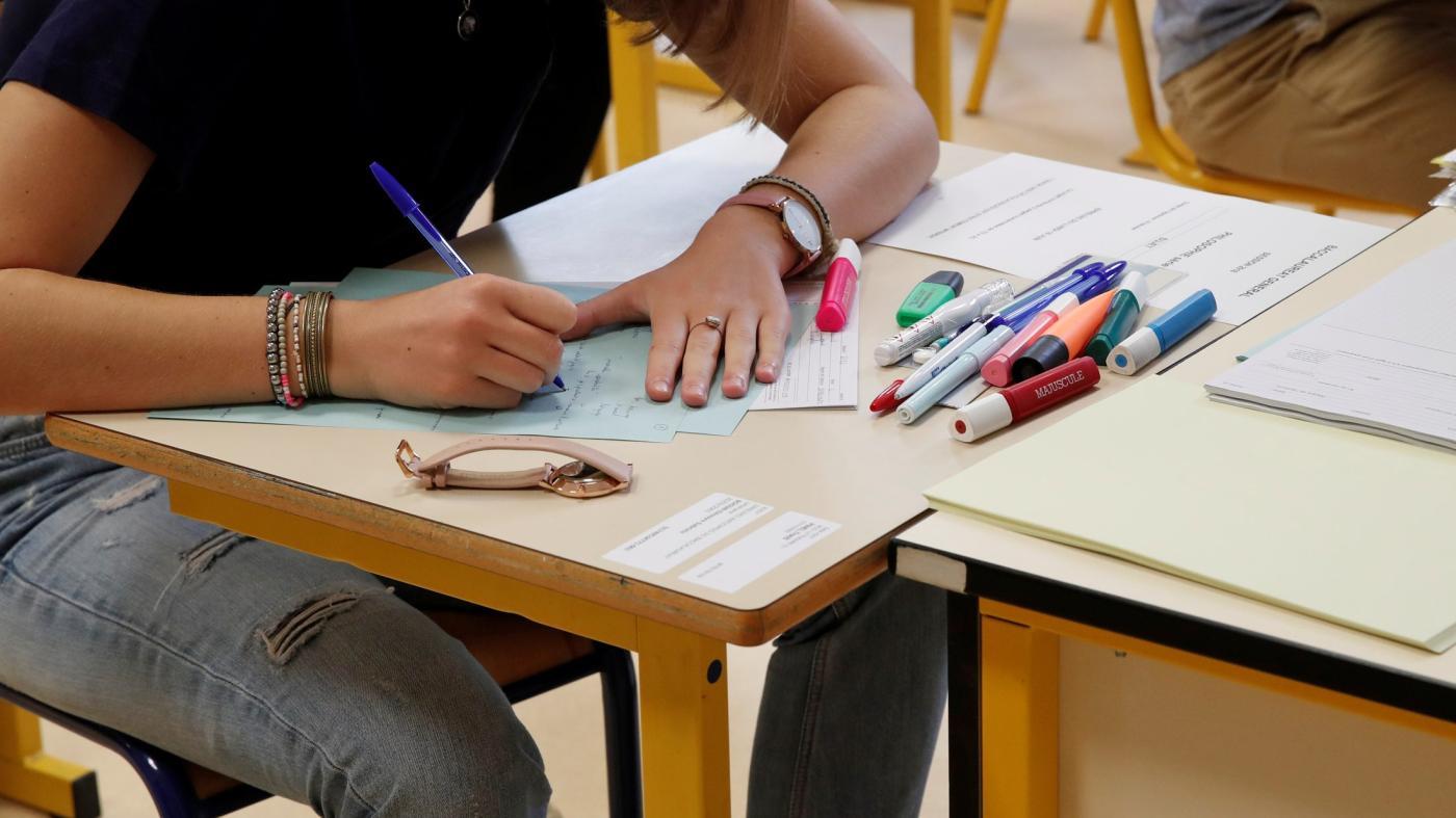 Foto de A escola secundária francesa lidou com Covid-19 melhor do que os níveis A do Reino Unido: Quartz