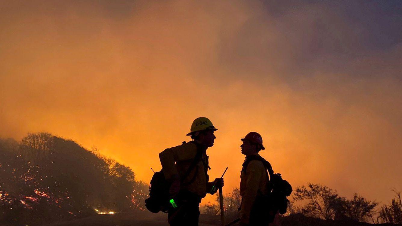 Foto de O emprego na prevenção de incêndios florestais deve crescer 24% na próxima década. – quartzo