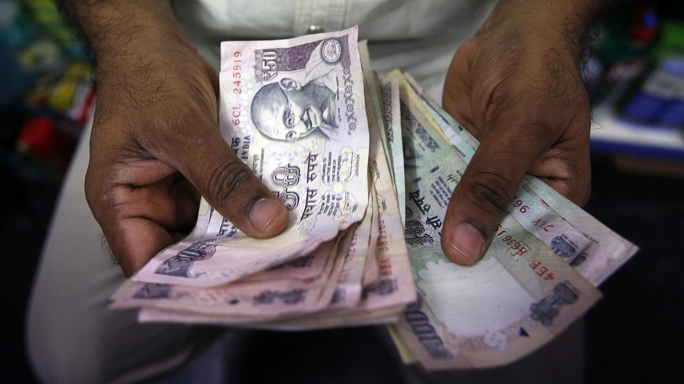 Foto de Os bancos indianos devem renunciar aos juros de empréstimos inadimplentes? – Quartzo Indiano