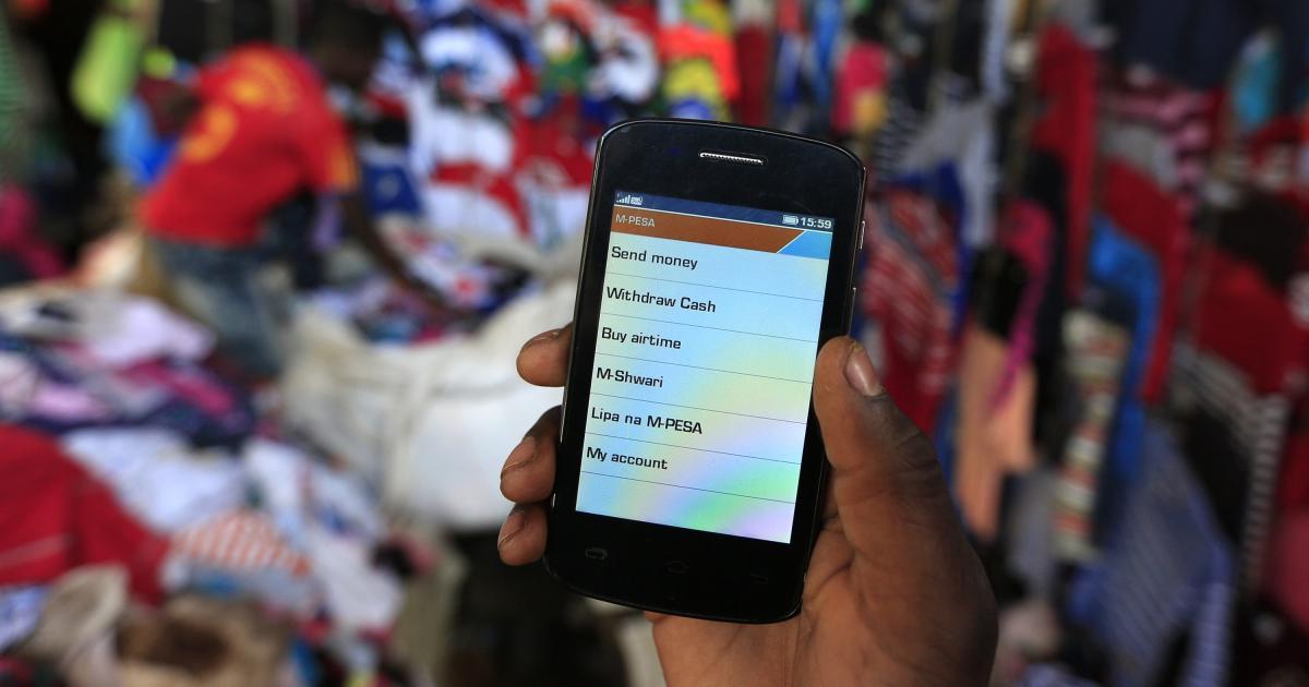 Foto de Africanos rejeitam planos fiscais móveis de governos sem dinheiro – Quartz
