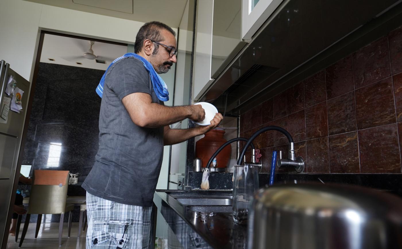 Foto de Presos em casa, indianos atualizam seus eletrodomésticos – Quartz India