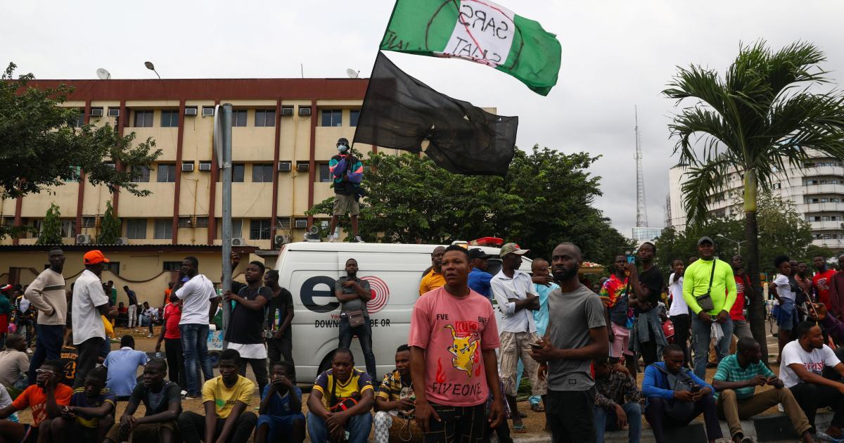 Foto de Manifestantes do EndSARS da Nigéria mortos pelas forças de segurança em Lagos – Quartzo