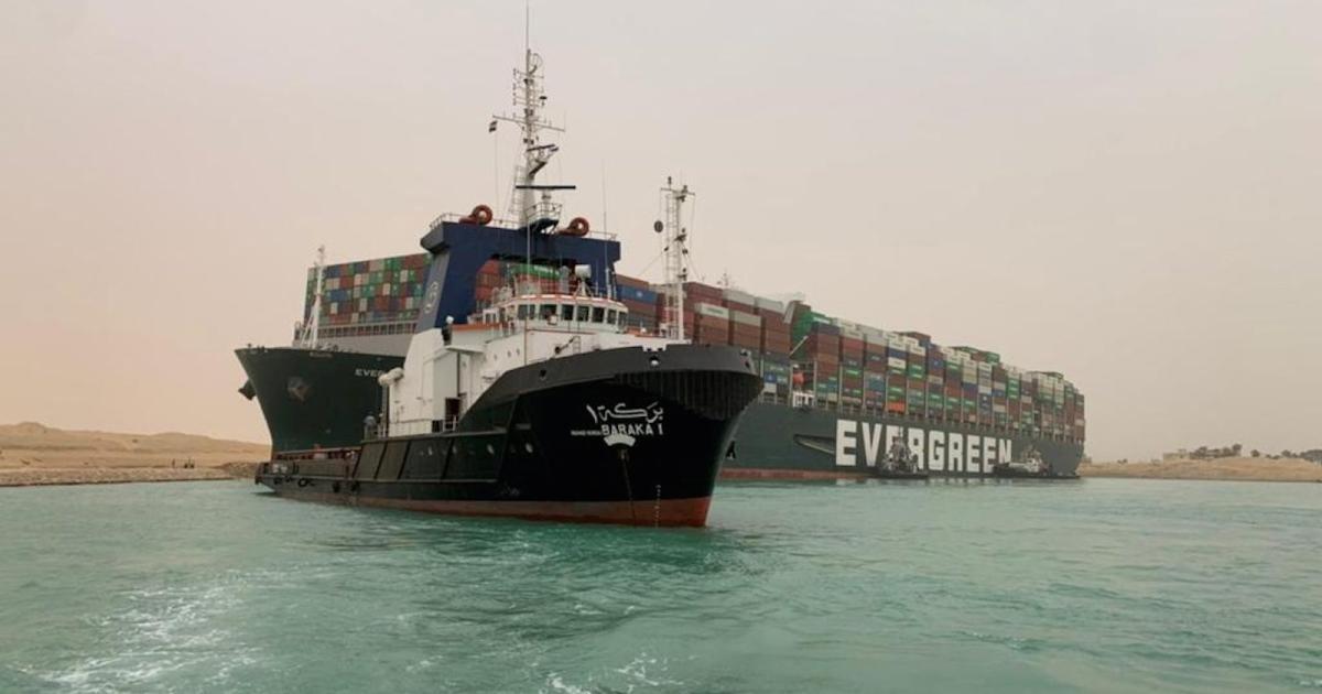 Foto de O pior fiasco de navio emperrado do Canal de Suez durou oito anos – Quartzo