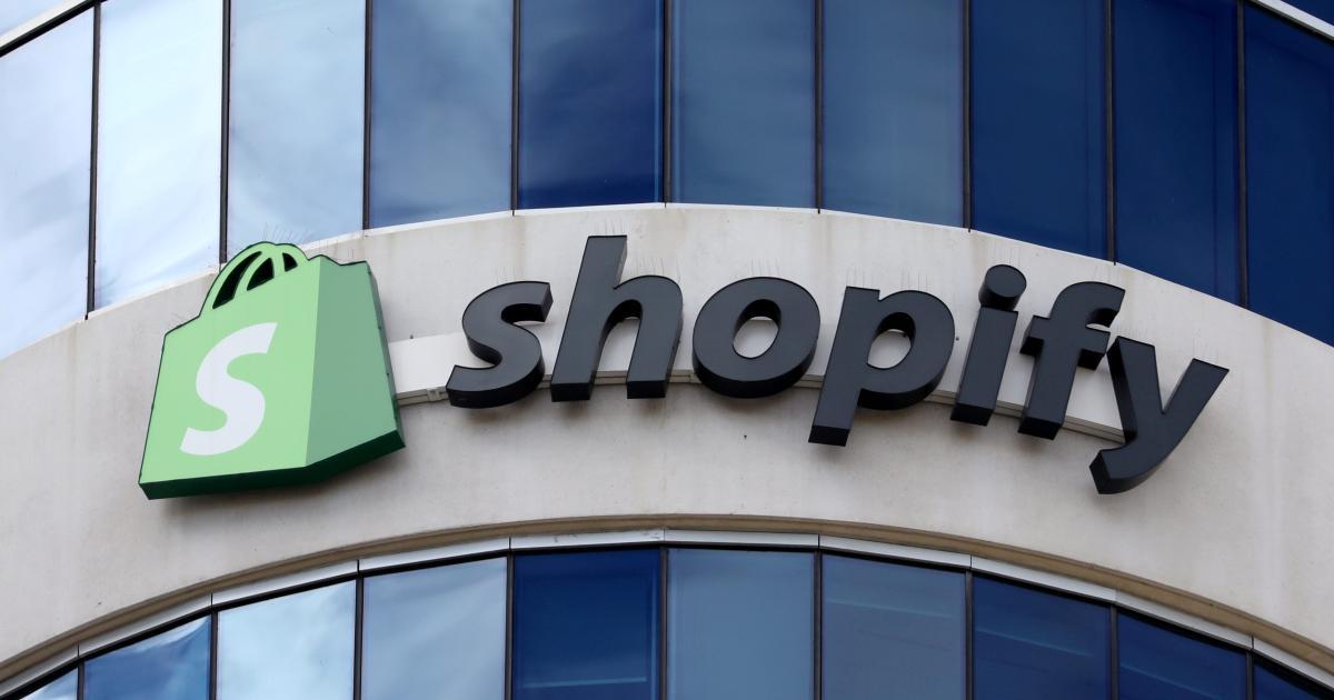 Foto de Shopify diz que as vacinas não diminuíram as compras online – Quartz
