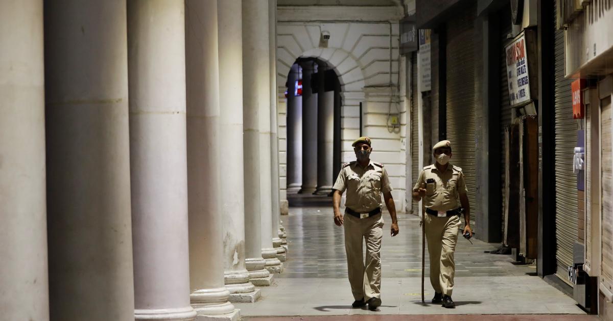 Foto de O toque de recolher noturno em Delhi, Mumbai ajuda a conter novos casos de Covid-19?  – Quartzo Indiano