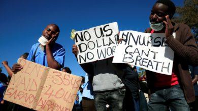 Foto de Zimbabuenses temem inflação com a introdução de uma nova nota – Quartz Africa